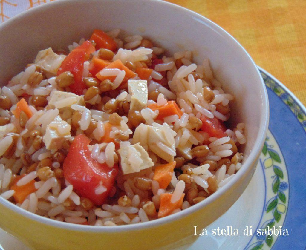 Insalata di riso e farro con tofu