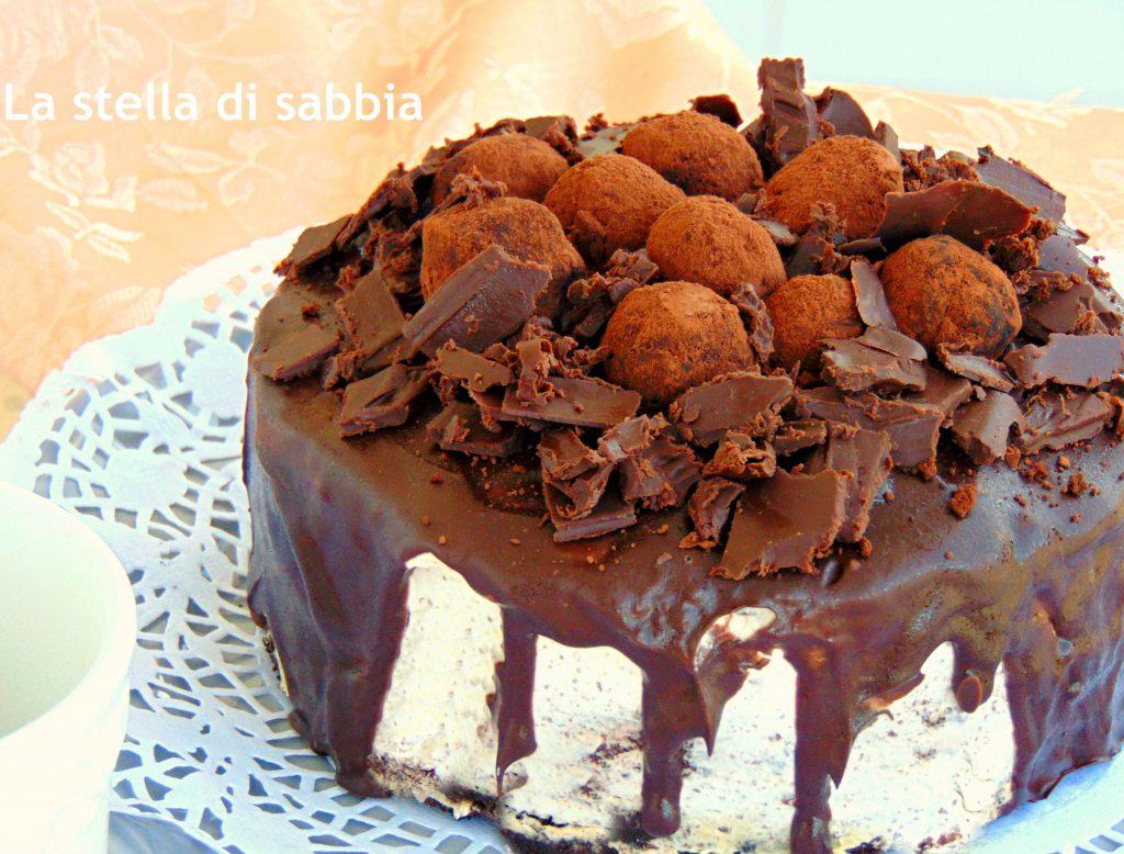 torta al cioccolato gocciolante